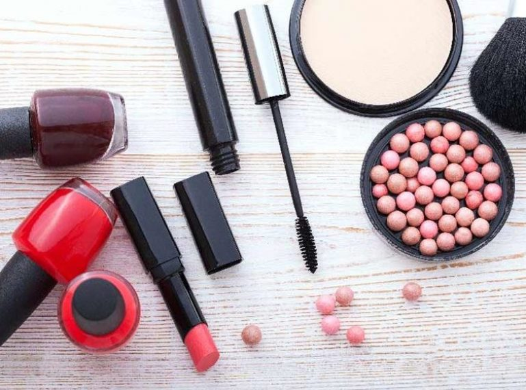 Cosmetics for dry skin.  Which one to choose and use?