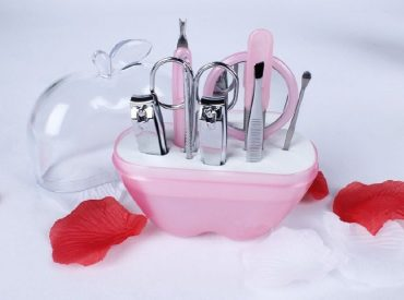 Hi! Probably the majority of women likes doing their nails. However, not all of them know which accessories they should use. It is why I decided to help you with piecing your mani-pedi set together. Read below what is essential for every woman to have in her cosmetic bag. Nail clippers Clipped nails with the […]