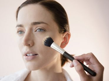Asymmetric eyeliners, uneven eyebrows, bleeding lipstick? These are only some of the beauty mishaps many girls face up to. Too bad, there are even more serious mistakes we make unconsciously. What I mean? Read on and learn! 1. Dirty make-up brushes Makeup residue, dust, bacteria… These are the impurities that settle in the brush bristles […]